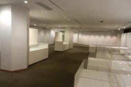 特別展示室1